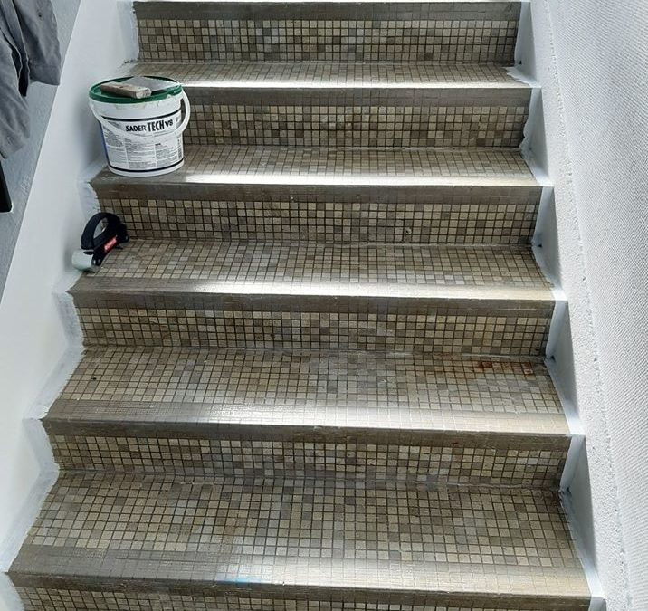 rénovation escalier en carrelage