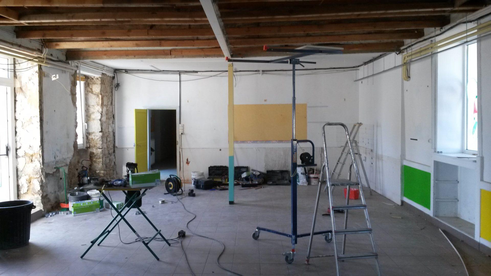 rénovation salle de classe avant (1)